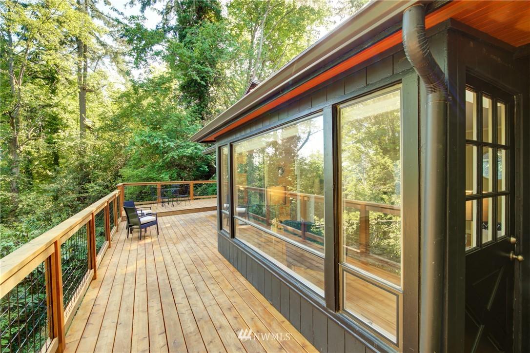Sold Property | 13084 40th Ave. NE Seattle, WA 98125 32
