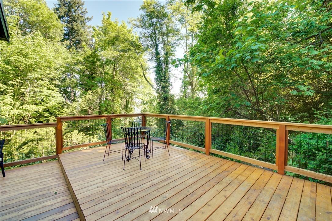 Sold Property | 13084 40th Ave. NE Seattle, WA 98125 26