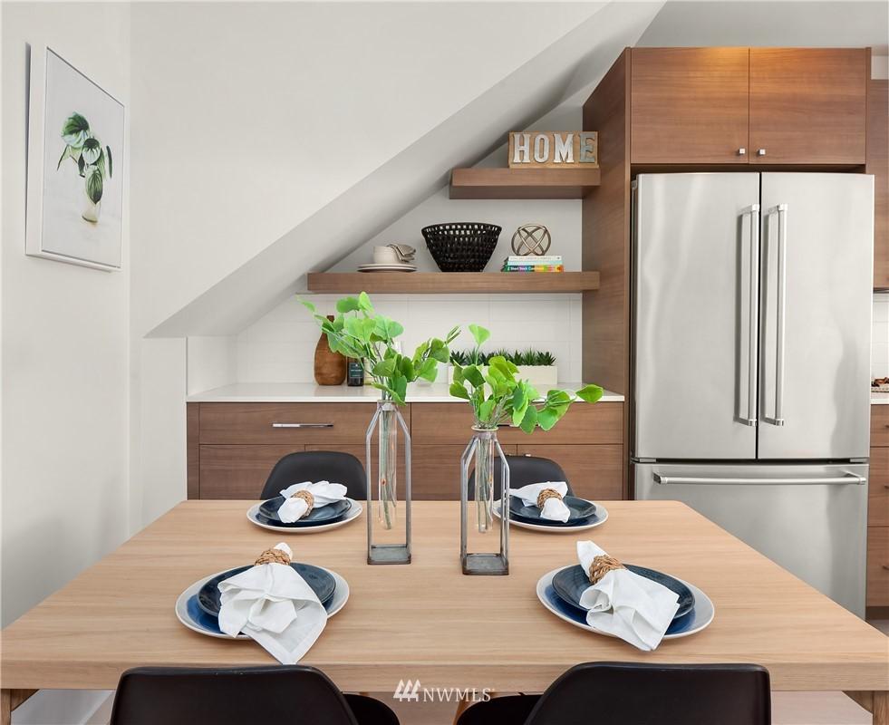 Sold Property | 2112 13th Avenue S #A Seattle, WA 98144 10