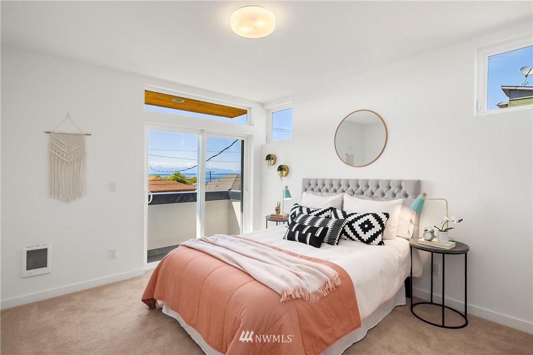 Sold Property | 2112 13th Avenue S #A Seattle, WA 98144 12
