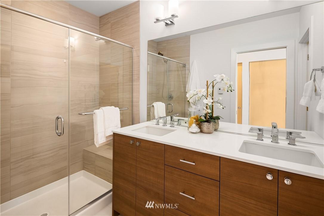 Sold Property | 2112 13th Avenue S #A Seattle, WA 98144 16