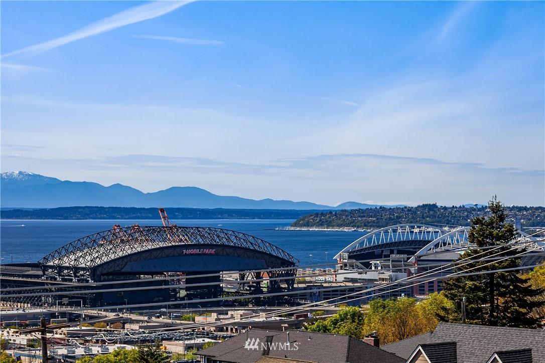 Sold Property | 2112 13th Avenue S #A Seattle, WA 98144 20