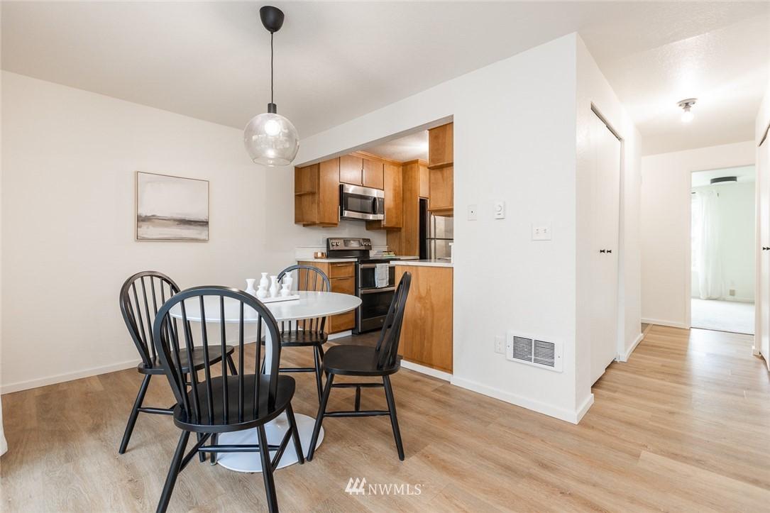 Sold Property | 1221 SW 126th Street #A Burien, WA 98146 3