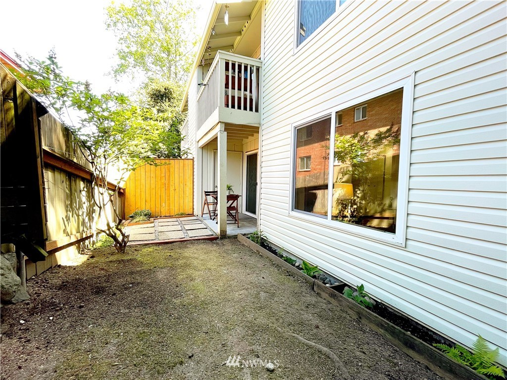 Sold Property | 1221 SW 126th Street #A Burien, WA 98146 12