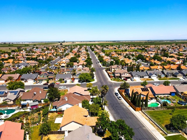 ActiveUnderContract   455 Cabernet Street Los Banos, CA 93635 38