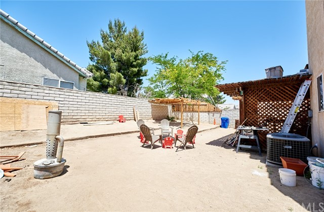 Closed | 15028 Brown Lane Victorville, CA 92394 26