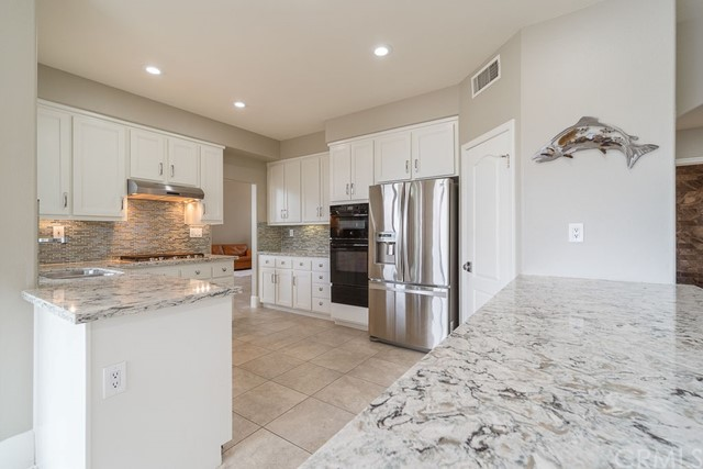 Active Under Contract | 23765 Coldwater Court Moreno Valley, CA 92557 12