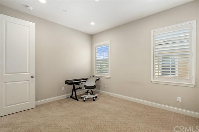 Pending | 17099 Loures Street Chino Hills, CA 91709 23