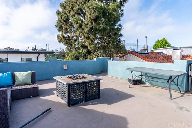Closed | 218 N Lucia Avenue #B Redondo Beach, CA 90277 32