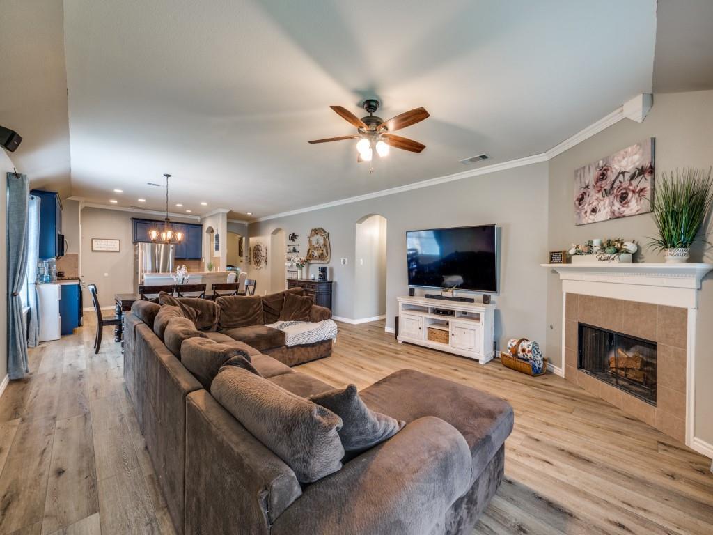 Sold Property | 829 Creekside Drive Little Elm, Texas 75068 12