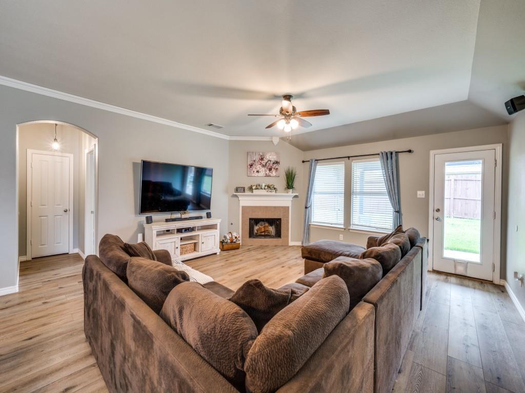 Sold Property | 829 Creekside Drive Little Elm, Texas 75068 13