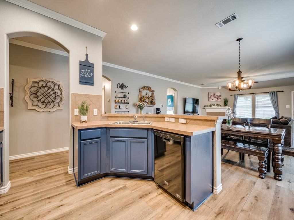Sold Property | 829 Creekside Drive Little Elm, Texas 75068 6