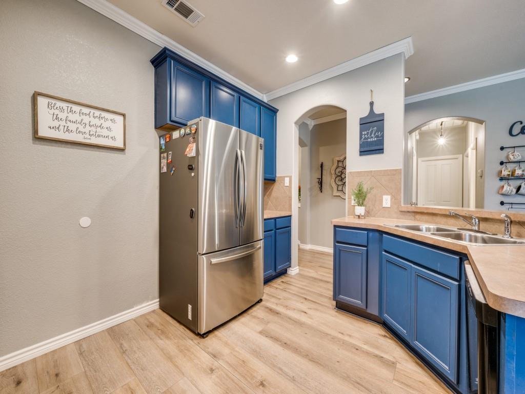 Sold Property | 829 Creekside Drive Little Elm, Texas 75068 7