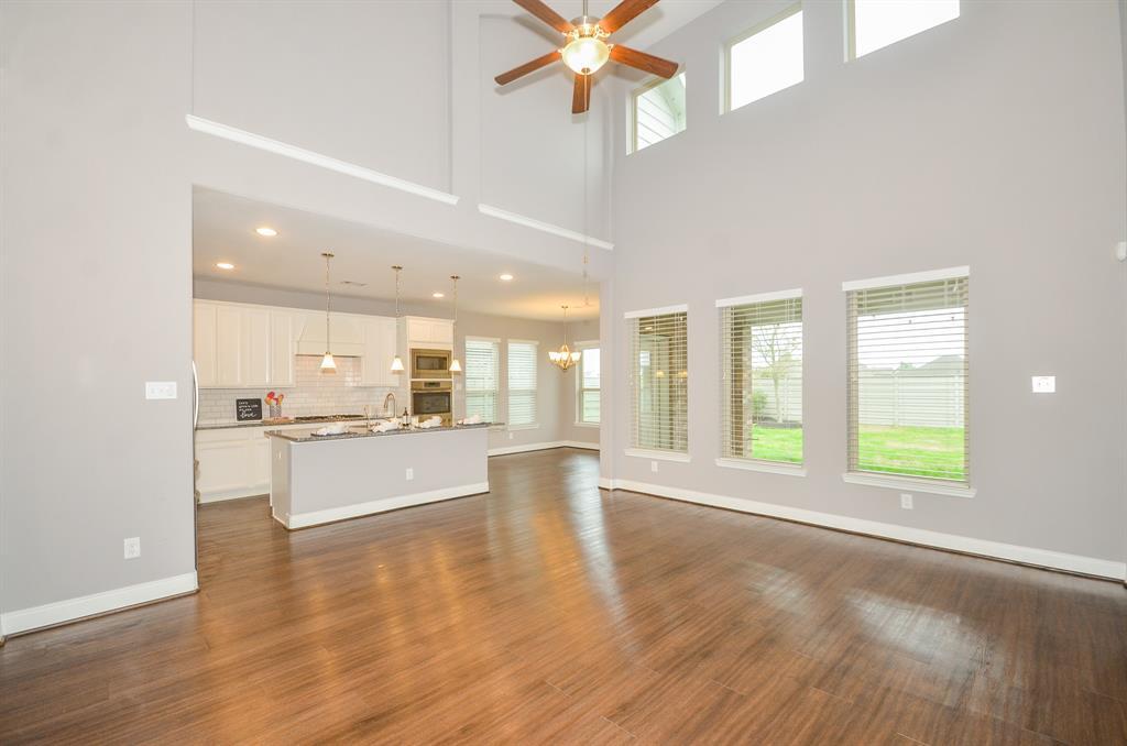 Option Pending   2511 Deerwood Heights Lane Manvel, Texas 77578 9