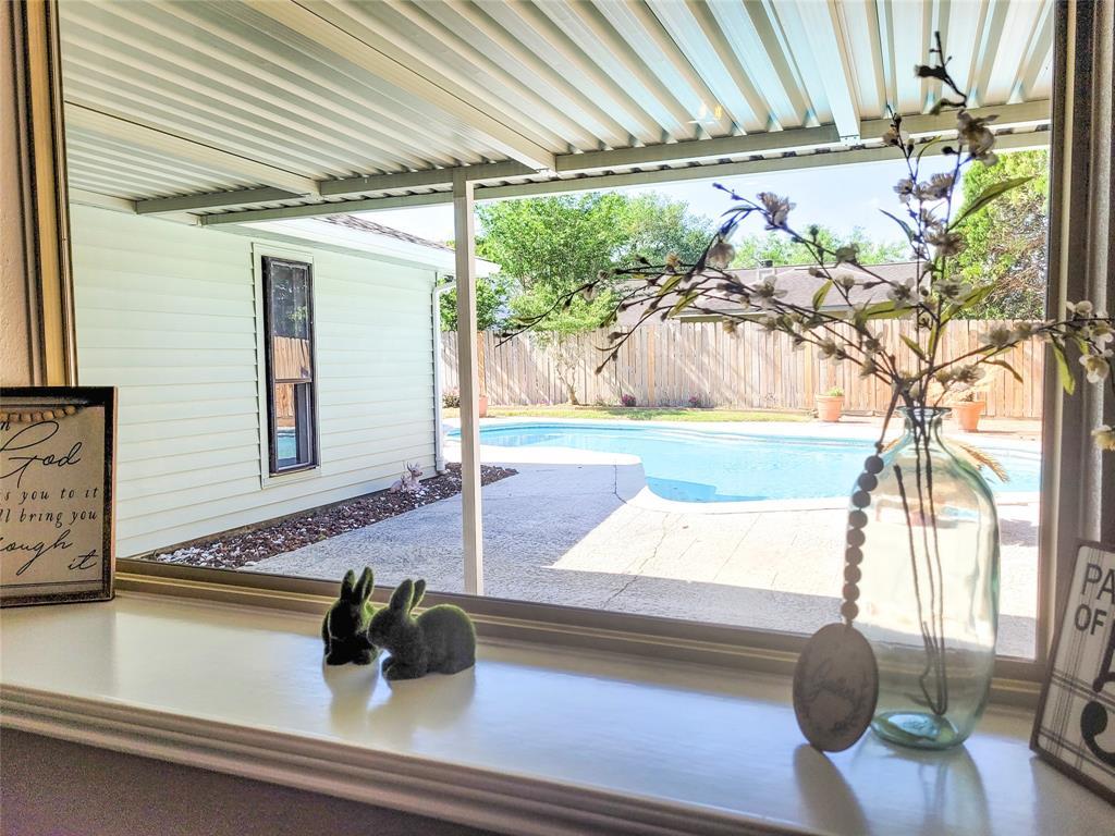 Off Market   9902 Golden Meadow Drive Houston, Texas 77064 5