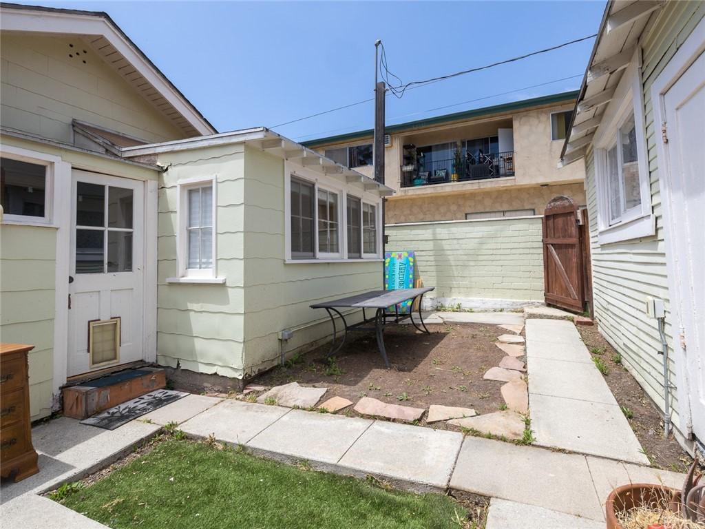 Closed   1018 W 13th Street San Pedro, CA 90731 32
