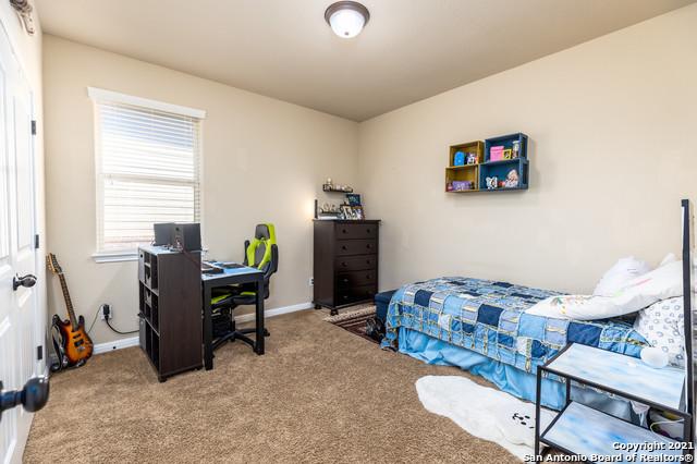 Pending   3814 SWEET OLIVE San Antonio, TX 78261 33
