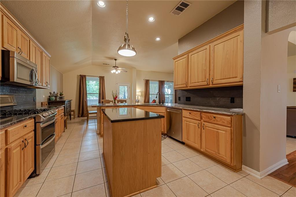 Closed   2513 Grapevine Canyon Trail Leander, TX 78641 1