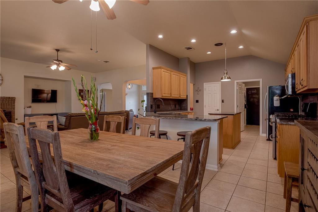 Closed   2513 Grapevine Canyon Trail Leander, TX 78641 3