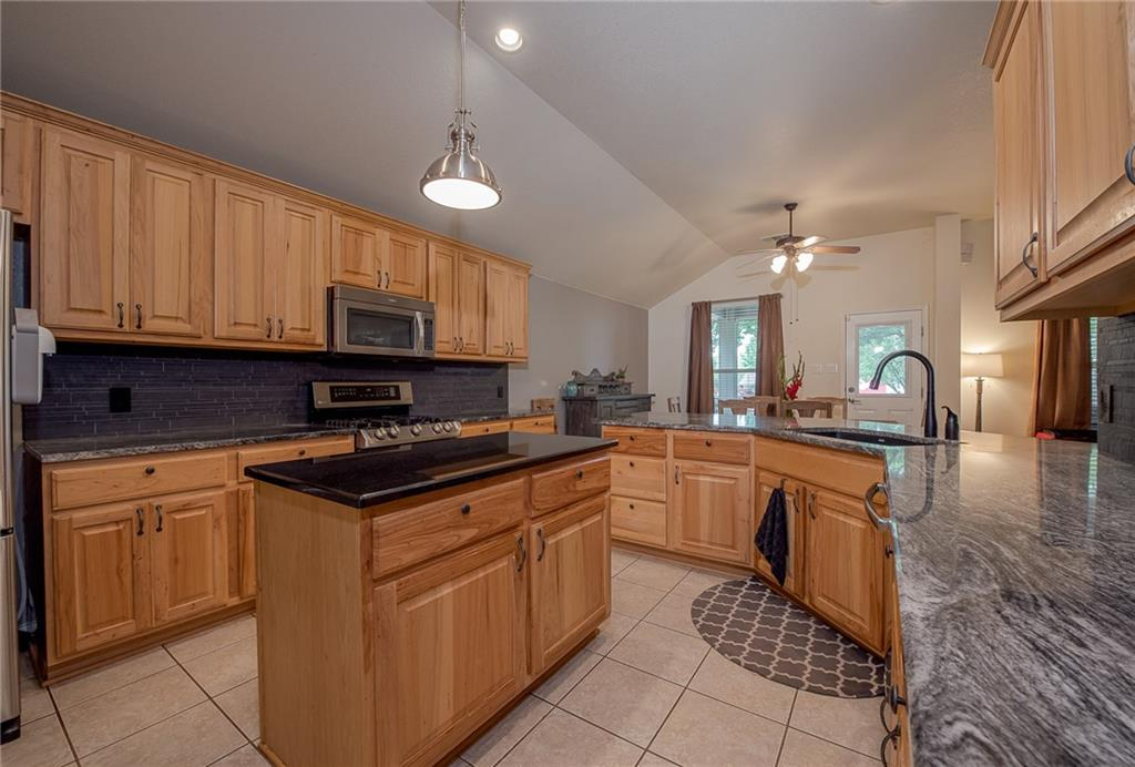 Closed   2513 Grapevine Canyon Trail Leander, TX 78641 6