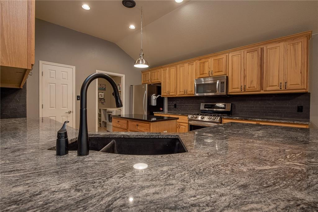 Closed   2513 Grapevine Canyon Trail Leander, TX 78641 8