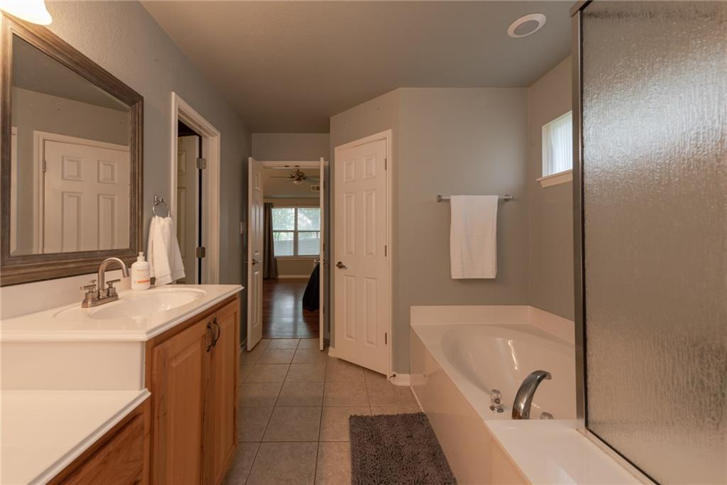 Closed   2513 Grapevine Canyon Trail Leander, TX 78641 16