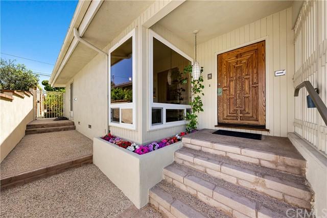 Pending | 428 Via La Selva Torrance, CA 90277 4