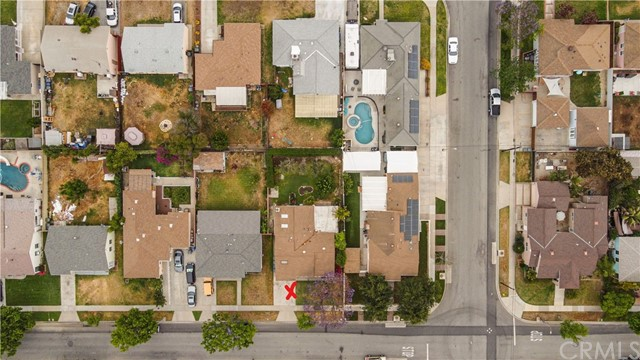 Pending | 5108 Lorelei Avenue Lakewood, CA 90712 5