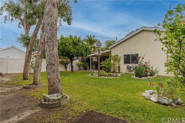 Pending | 5108 Lorelei Avenue Lakewood, CA 90712 7