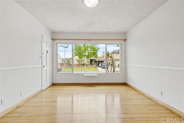 Pending | 5108 Lorelei Avenue Lakewood, CA 90712 10