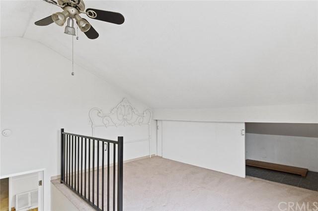 Pending | 5108 Lorelei Avenue Lakewood, CA 90712 26