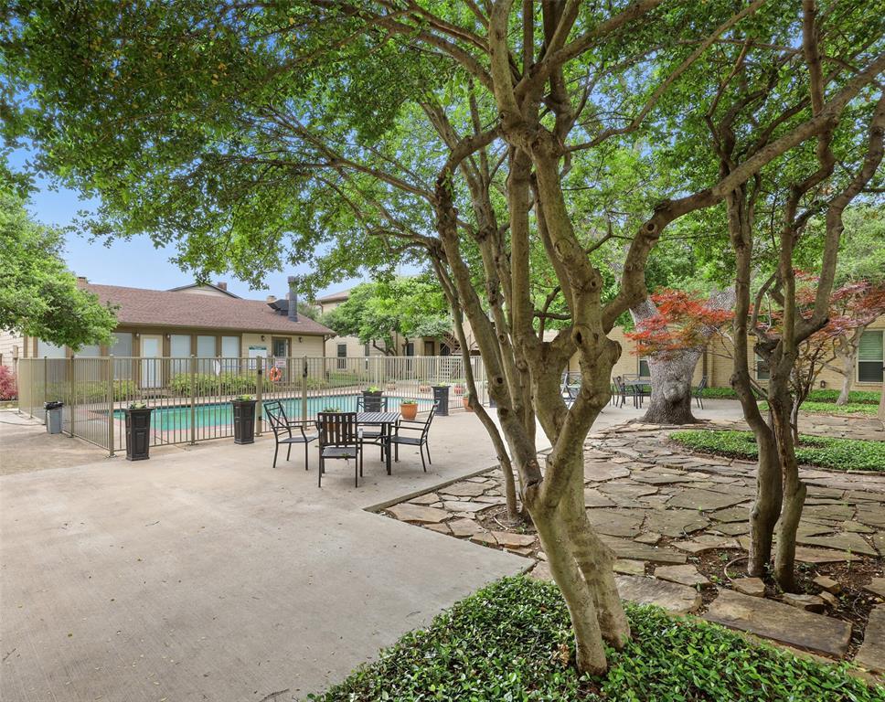 Pending | 10650 Steppington Drive #143 Dallas, Texas 75230 31