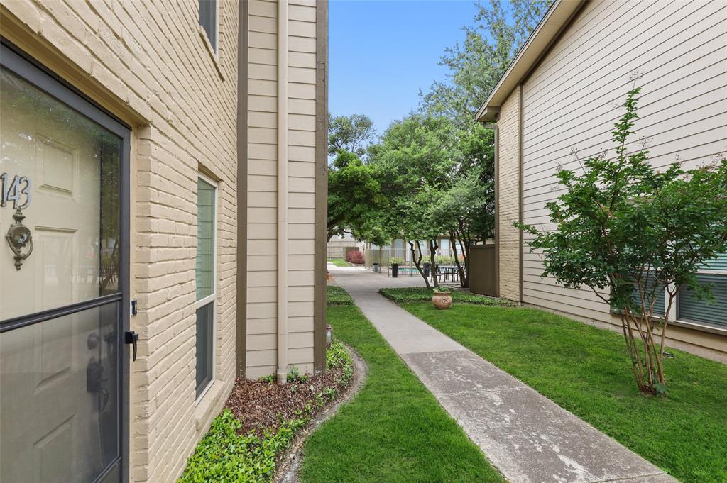 Pending | 10650 Steppington Drive #143 Dallas, Texas 75230 32