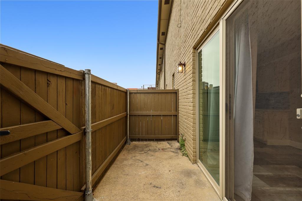 Pending | 10650 Steppington Drive #143 Dallas, Texas 75230 36