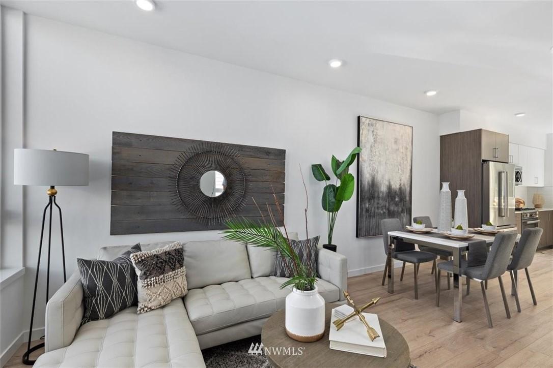 Sold Property | 6309 9th Avenue NE #F Seattle, WA 98115 20