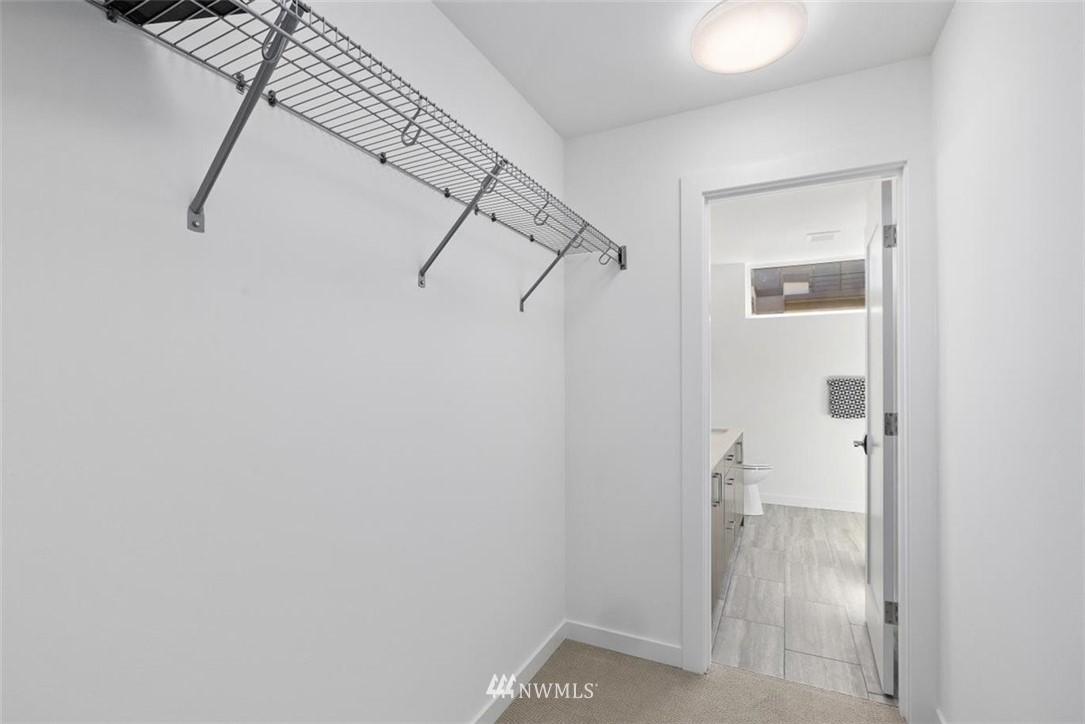 Sold Property | 6309 9th Avenue NE #F Seattle, WA 98115 26