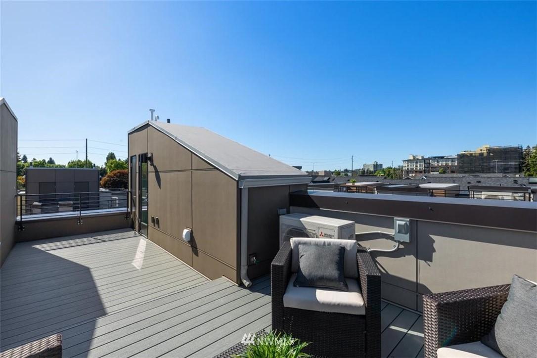 Sold Property | 6309 9th Avenue NE #F Seattle, WA 98115 37