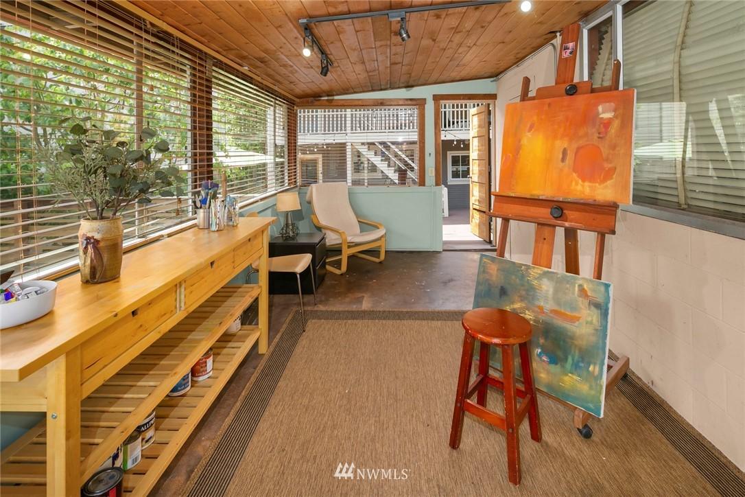 Sold Property   1918 10th Avenue W Seattle, WA 98119 37