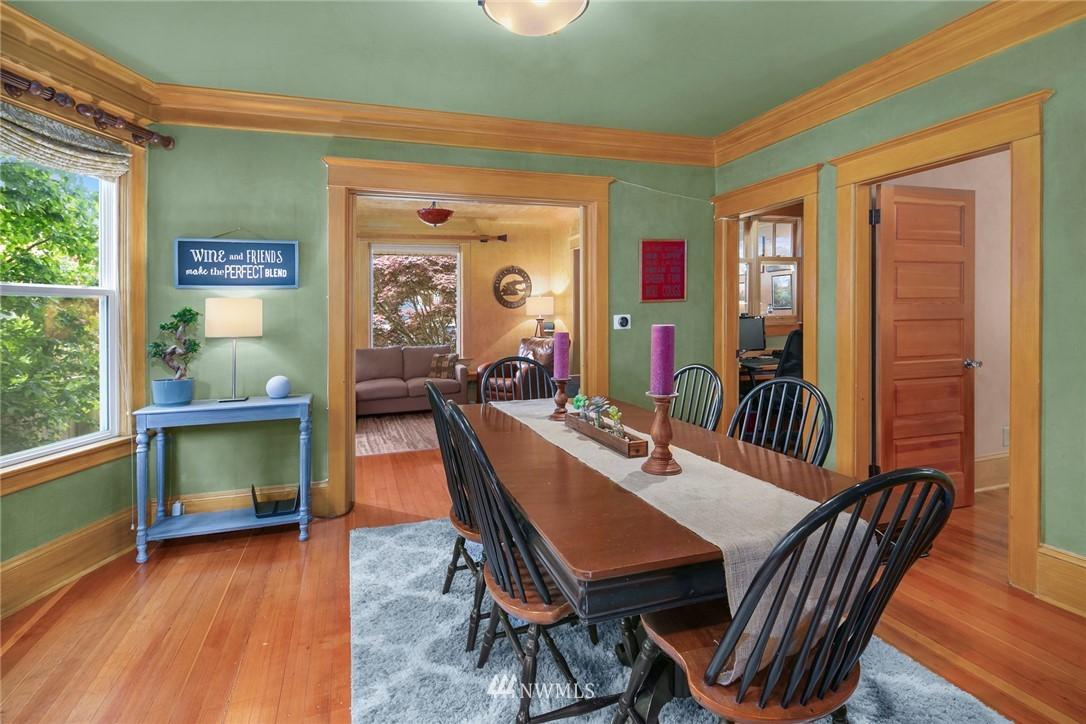 Sold Property   1918 10th Avenue W Seattle, WA 98119 8