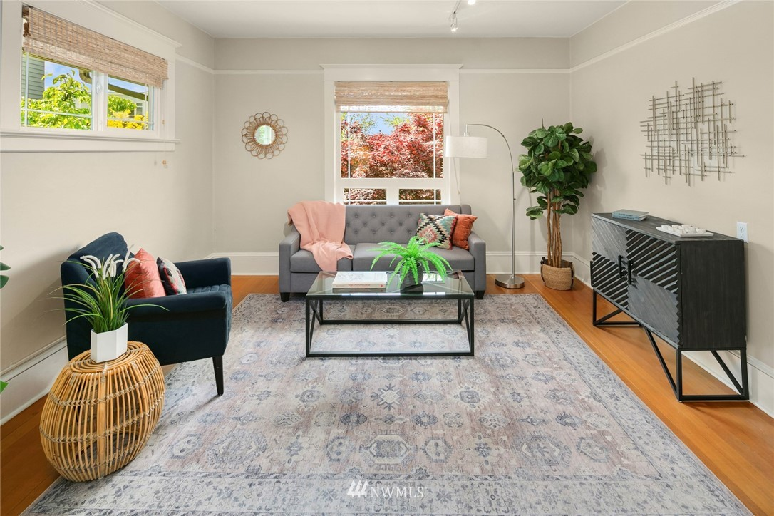 Sold Property   1918 10th Avenue W Seattle, WA 98119 13