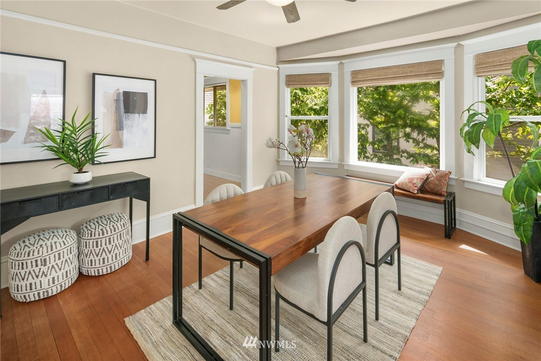 Sold Property   1918 10th Avenue W Seattle, WA 98119 16