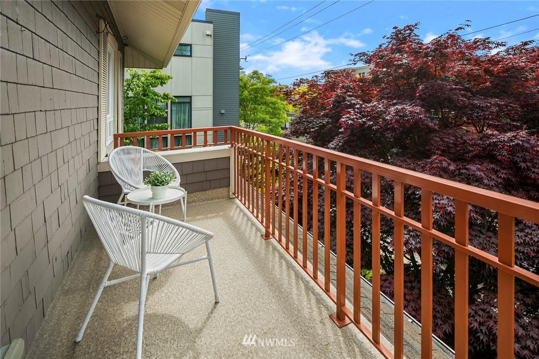 Sold Property   1918 10th Avenue W Seattle, WA 98119 24