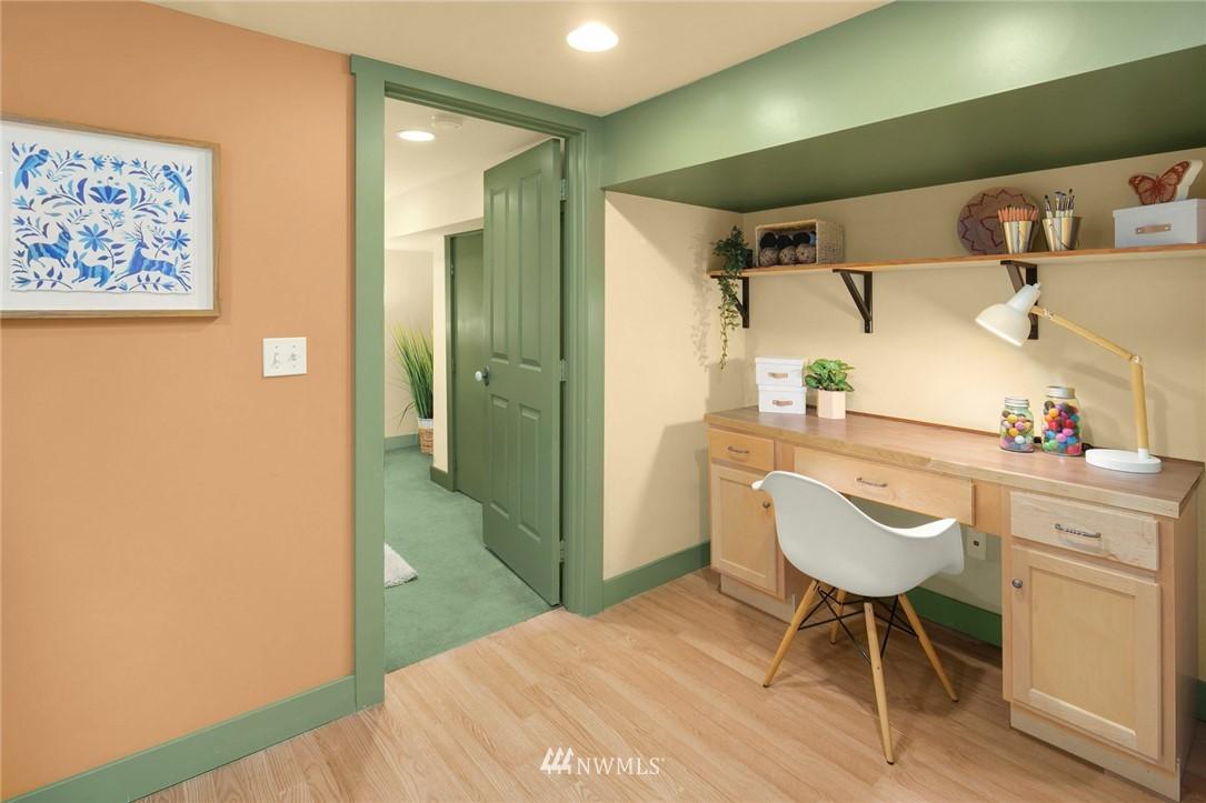 Sold Property   1918 10th Avenue W Seattle, WA 98119 27