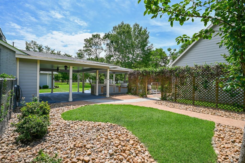 Pending   5635 Morton Road Katy, Texas 77493 38