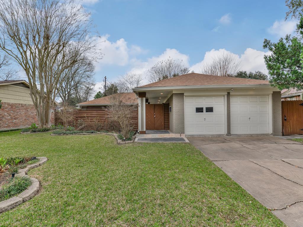Off Market | 4401 Waycross Drive Houston, Texas 77035 4