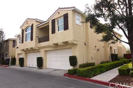 Active Under Contract | 35864 Hazelhurst Street #3 Murrieta, CA 92562 2