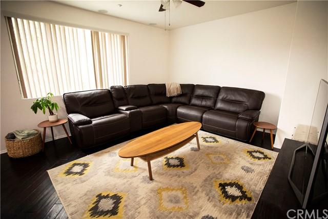 Active Under Contract | 35864 Hazelhurst Street #3 Murrieta, CA 92562 1
