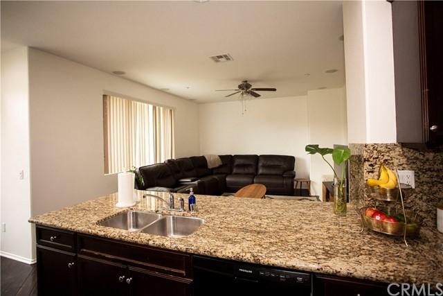 Active Under Contract | 35864 Hazelhurst Street #3 Murrieta, CA 92562 4