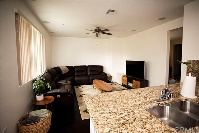 Active Under Contract | 35864 Hazelhurst Street #3 Murrieta, CA 92562 5