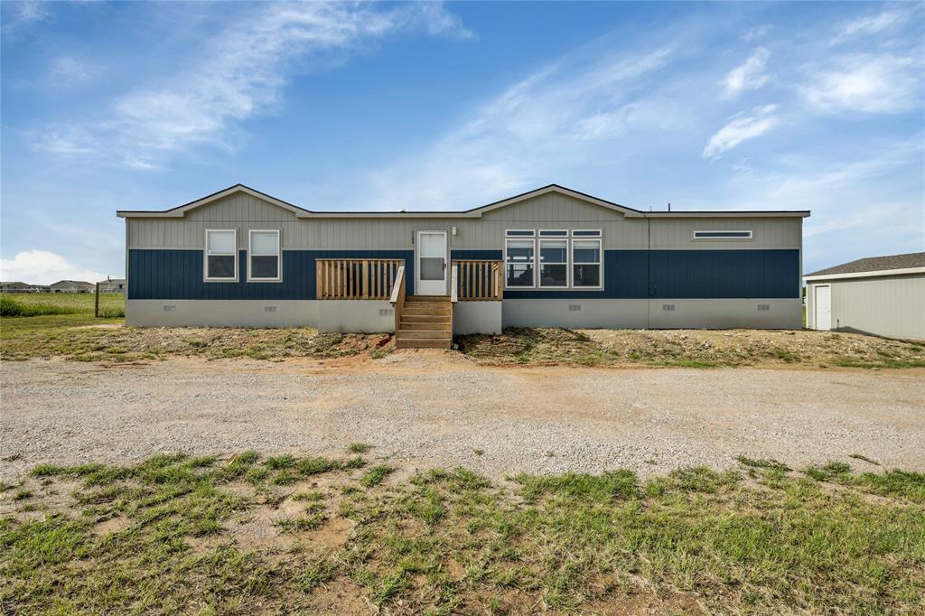 Pending | 1106 Meadowlark Drive Rhome, Texas 76078 0